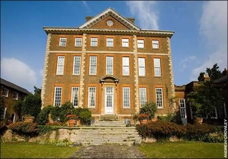 为您揭秘英国首相的豪宅