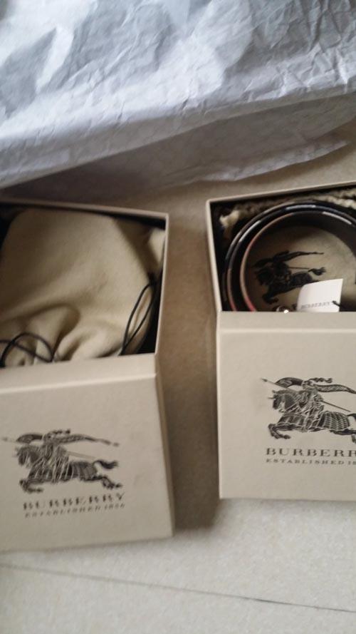 最近新鲜出炉的巴宝莉家皮带、皮鞋、衬衫